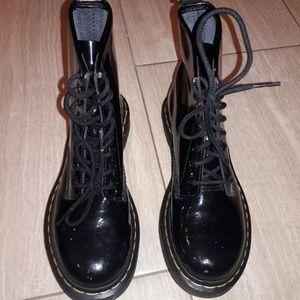 DOC MARTENS ORIGINAL COMBAT BOOTS SZ 6